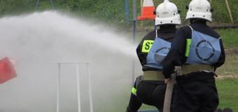 Powiatowe zawody sportowo-pożarnicze w Oleśnie