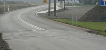 Remontowany odcinek drogi Olesno-Boroszów minimalnie za krótki