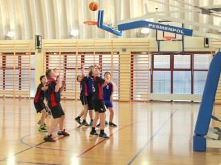 koszykówka chłopców zawody powiatowe 12 lutego 20115 r. 014