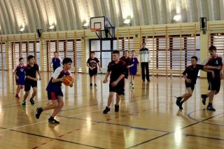 koszykówka chłopców zawody powiatowe 12 lutego 20115 r. 018