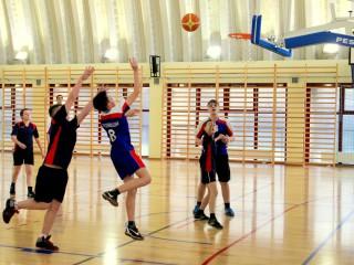 koszykówka chłopców zawody powiatowe 12 lutego 20115 r. 020