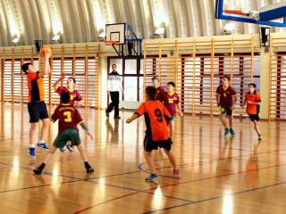 koszykówka chłopców zawody powiatowe 12 lutego 20115 r. 045