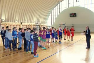koszykówka chłopców zawody powiatowe 12 lutego 20115 r. 150