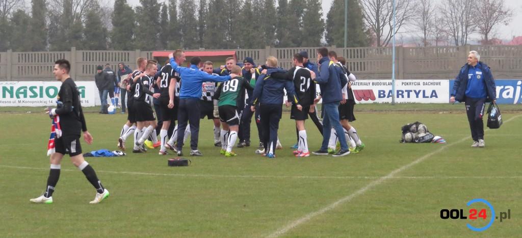 OKS Olesno pokonał trzecią drużynę Saltex IV Ligi