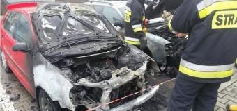 Pożar samochodów w Praszce