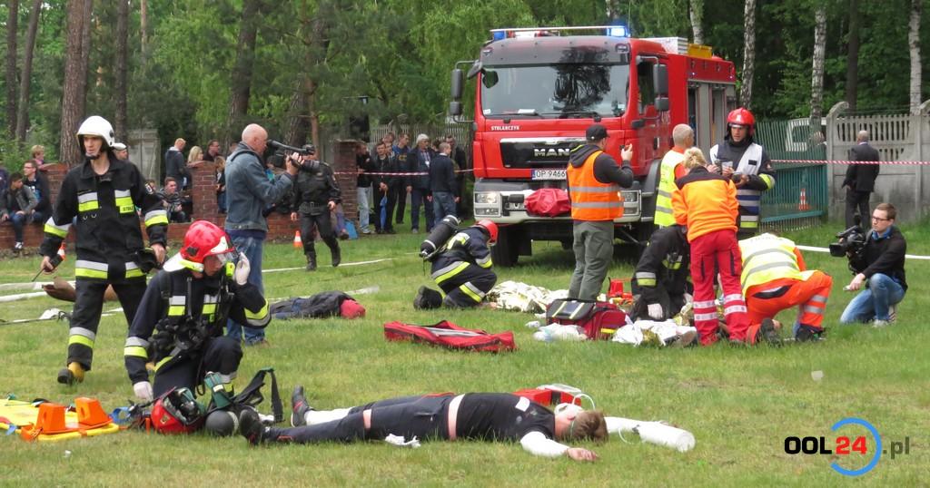 W Starym Oleśnie wybuchła butla z gazem, wielu poszkodowanych (ćwiczenia)