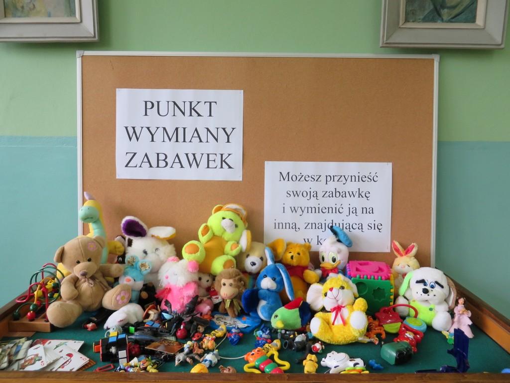 Wymień zabawki w oleskiej bibliotece