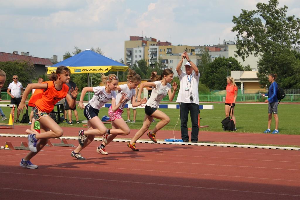 Oleska reprezentacja na Wojewódzkich Zawodach Lekkoatletycznych
