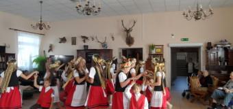 """""""Boreckie dzieci tańczą i śpiewają"""""""