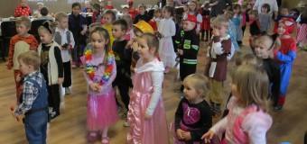 Cztery przedszkola skrzyknęły się i zorganizowały bal