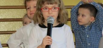 Przedszkolaki z Radawia zaprosiły wszystkich seniorów