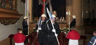 Strażacy z Borek Wielkich pełnili wartę przy Grobie Pańskim