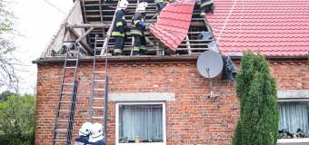 Zerwany dach w Klekotnej i pożar w zakładzie stolarskim w Malichowie