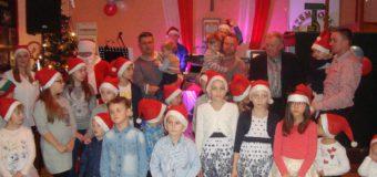 Mikołaj rozdał 60 paczek dla dzieci rzemieślników