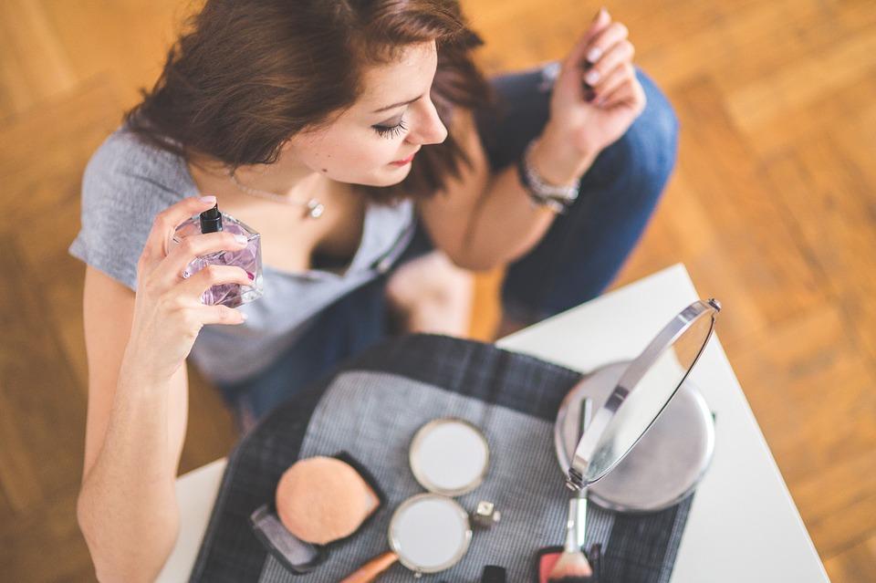 Zapach szyty na miarę – jak wybrać idealne perfumy?