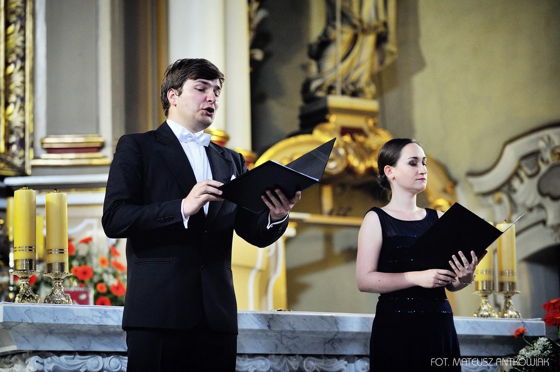 Muzyka sakralna w oleskich kościołach