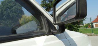 Siedem samochodów uszkodzonych w centrum Olesna. Policja szuka sprawców