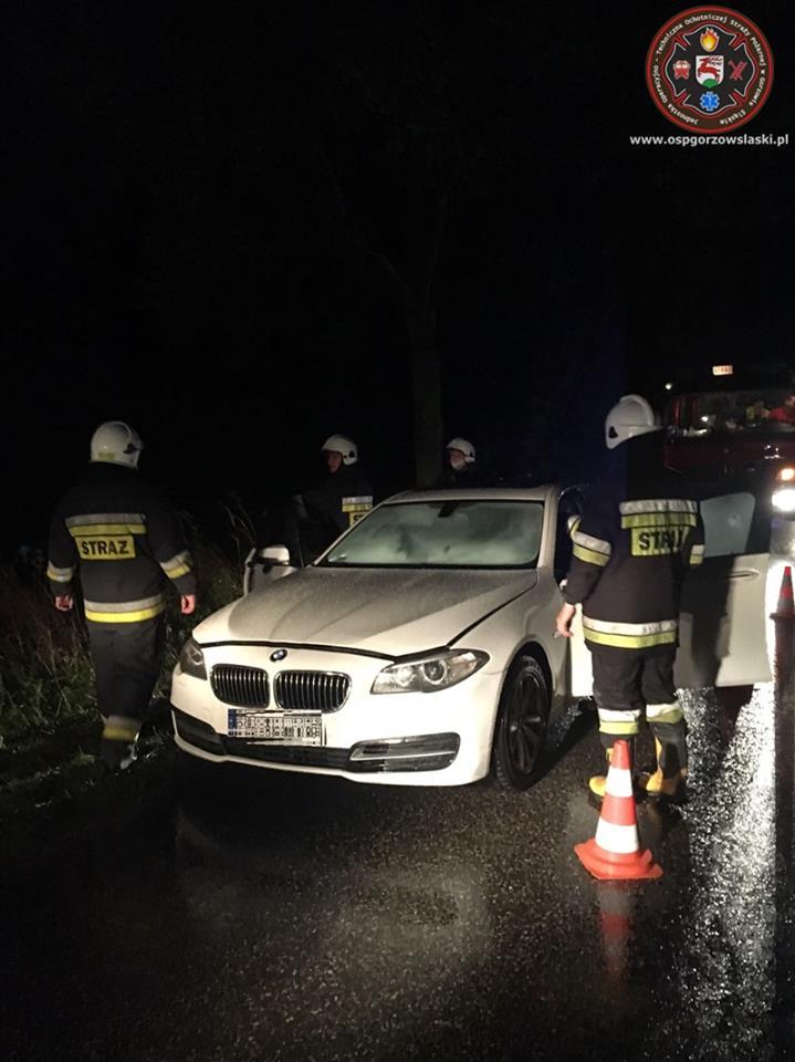 Pożar BMW – kierujący podjął skuteczną akcję gaśniczą