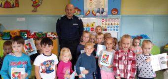 Policjanci odwiedzili przedszkolaków