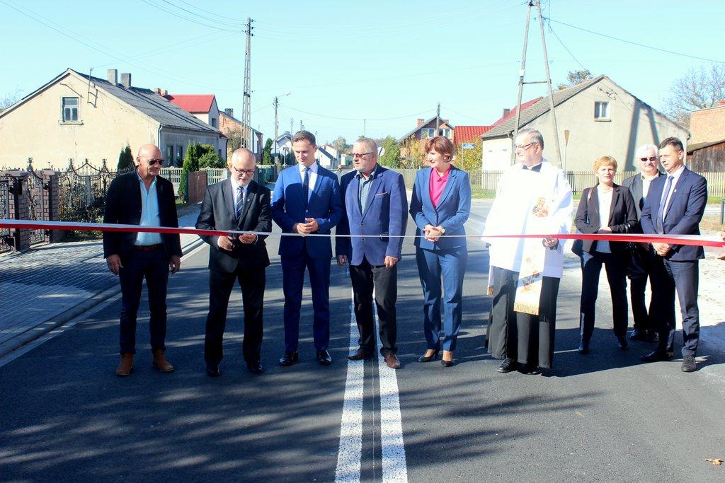 Droga Przedmość-Praszka oficjalnie otwarta po przebudowie