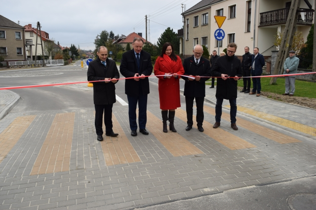 Największa tegoroczna inwestycja drogowa w Oleśnie zakończona