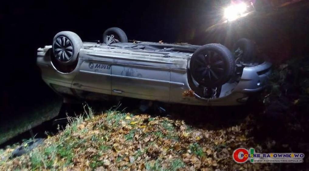 Trzy osoby poszkodowane po wypadku BMW w Borkach Małych