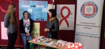 W Oleśnie obchodzono Światowy Dzień Walki z AIDS