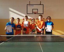 Uczniowie SP Kowale z świetnymi wynikami w tenisie stołowym