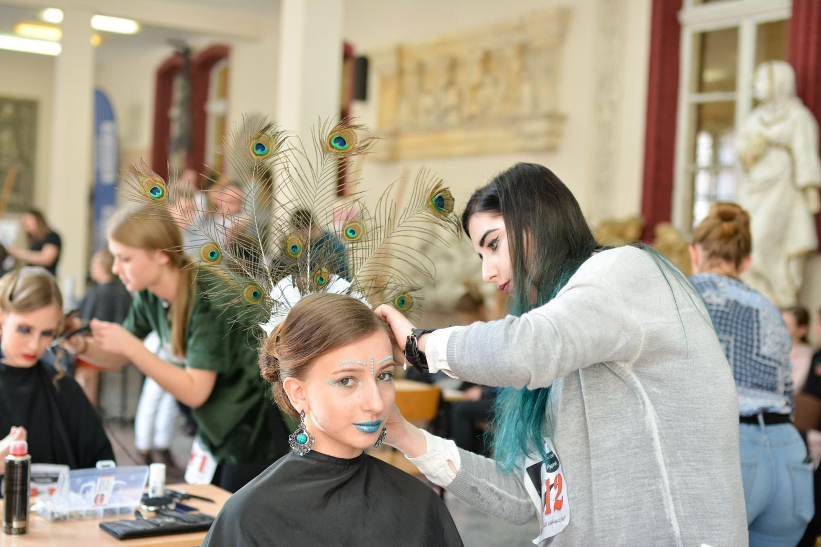 Zapowiadają się na dobrych fryzjerów! Dobre wyniki w województwie