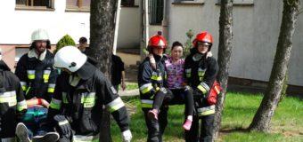 Wybuch gazu w oleskiej szkole. Wiele osób poszkodowanych! (ćwiczenia)