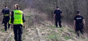 Kilka godzin poszukiwań 15-latki. Odnaleziona w parku