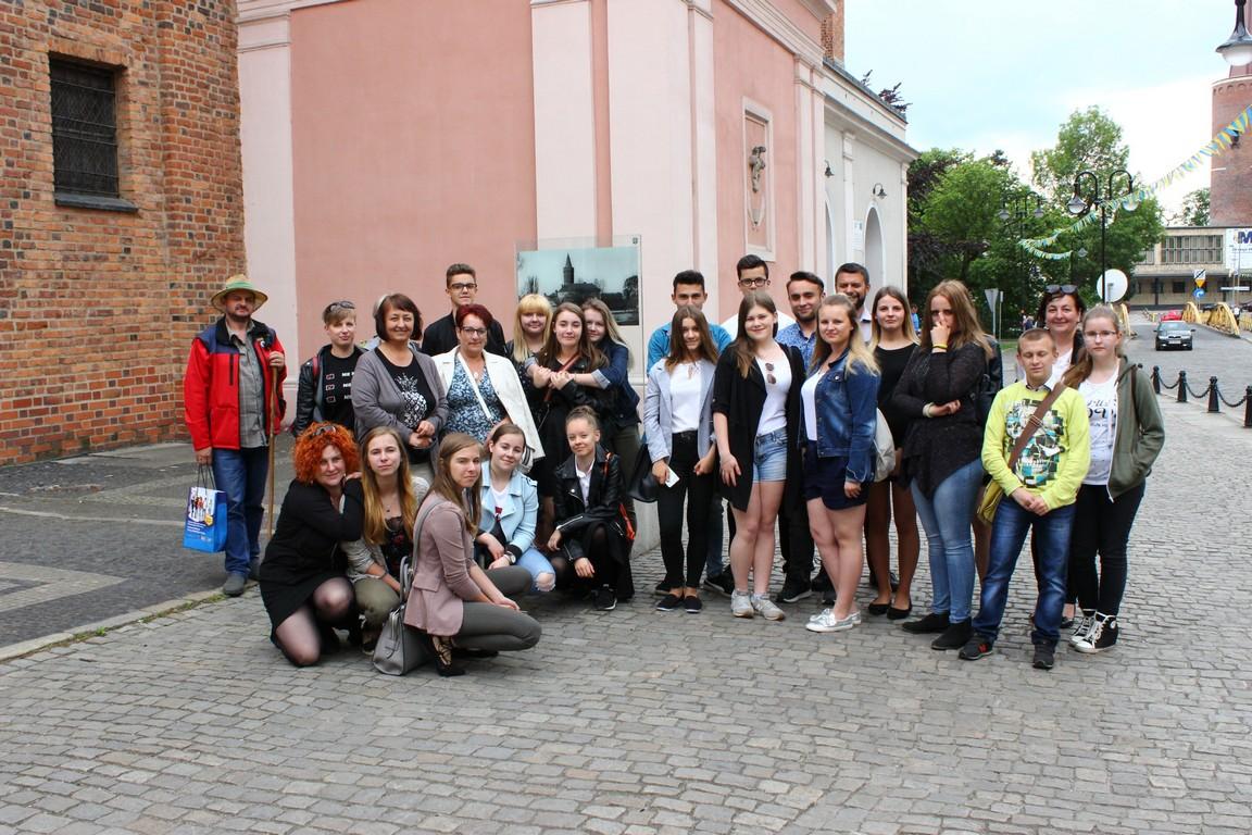 """Uczniowie z powiatu oleskiego uczestniczyli w programie """"Muzyka- pasja, zawód, zdrowie"""""""