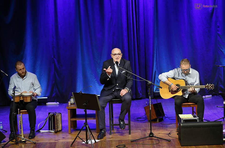 Koncert Piotra Machalicy w Oleśnie