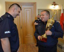 Piotr Godyla najlepszym dyżurnym w województwie