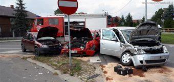 Kolizja trzech samochodów w Kozłowicach