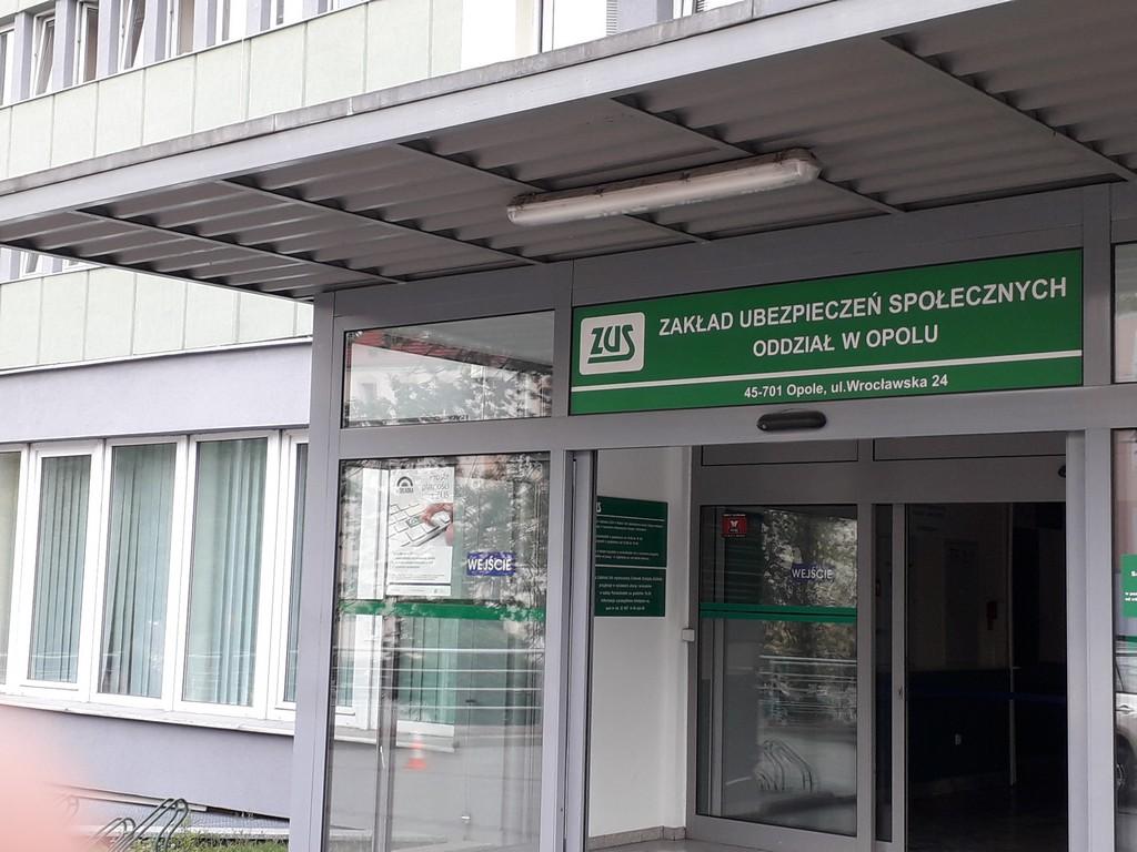 Kontrole zwolnień lekarskich. Opolski ZUS wstrzymał wypłaty na prawie milion złotych!