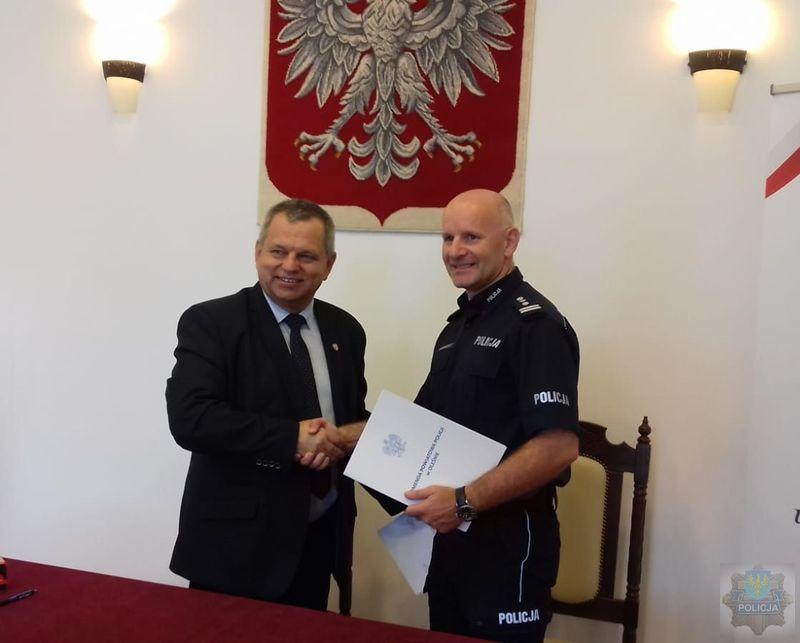 Policjanci z Dobrodzienia otrzymali ponad 100 narkotestów