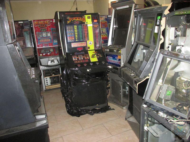 Policja zabezpieczyła 125 nielegalnych automatów do gier o wartości 1,5 miliona złotych!
