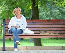 Opiekun osób starszych – praca z przyszłością