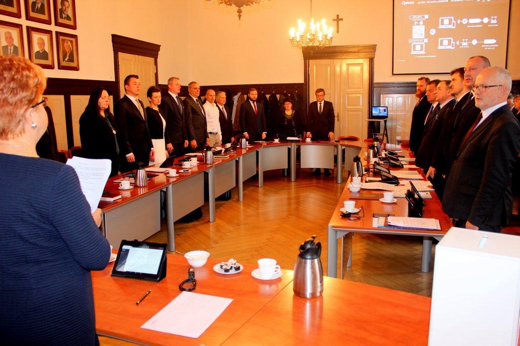 I Sesja Rady Powiatu. Znamy przewodniczącego rady i zastępców