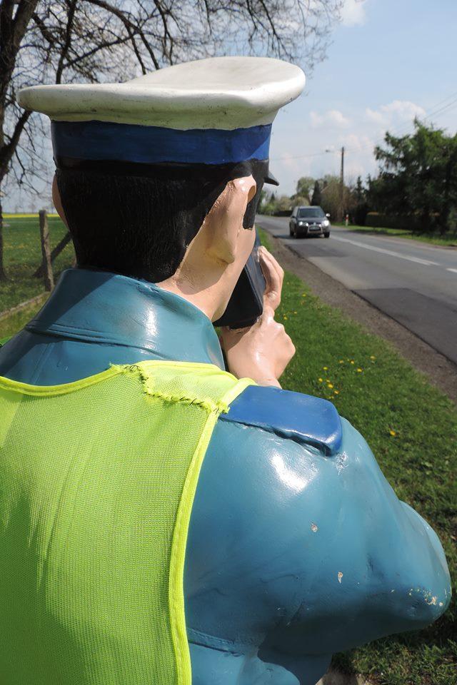 61-latek przekroczył dozwoloną prędkość w Wojciechowie. Stracił prawo jazdy