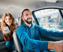 Ubezpieczenia od przewozu pasażerów – czy Uber ma takie same zobowiązania jak taxi?