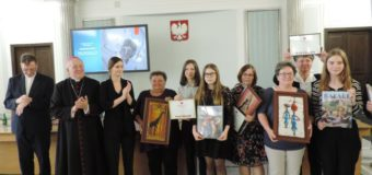 """Uczniowie z Borek Wielkich po raz kolejny laureatami konkursu """"Mój Szkolny Kolega z Misji"""""""
