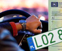 Nowe zielone tablice rejestracyjne i profesjonale dowody