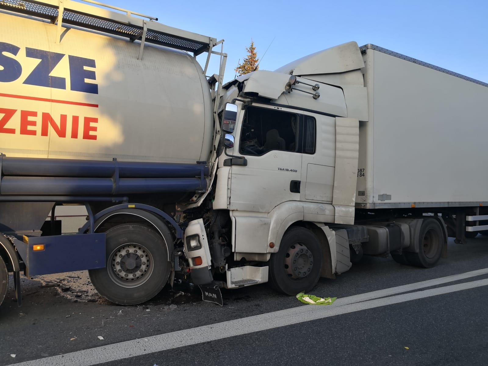 26-letni kierowca tira spowodował karambol na DK 11 w Wojciechowie