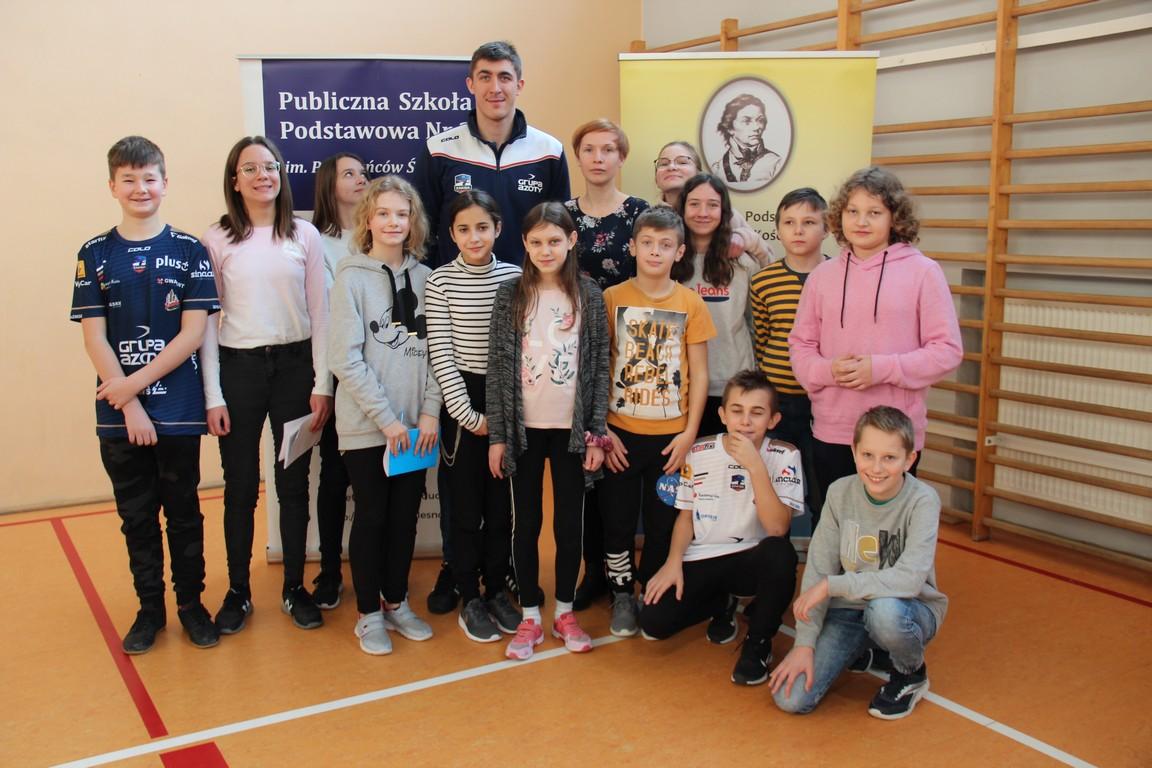 Olescy uczniowie spotkali się z siatkarzem ZAKSY