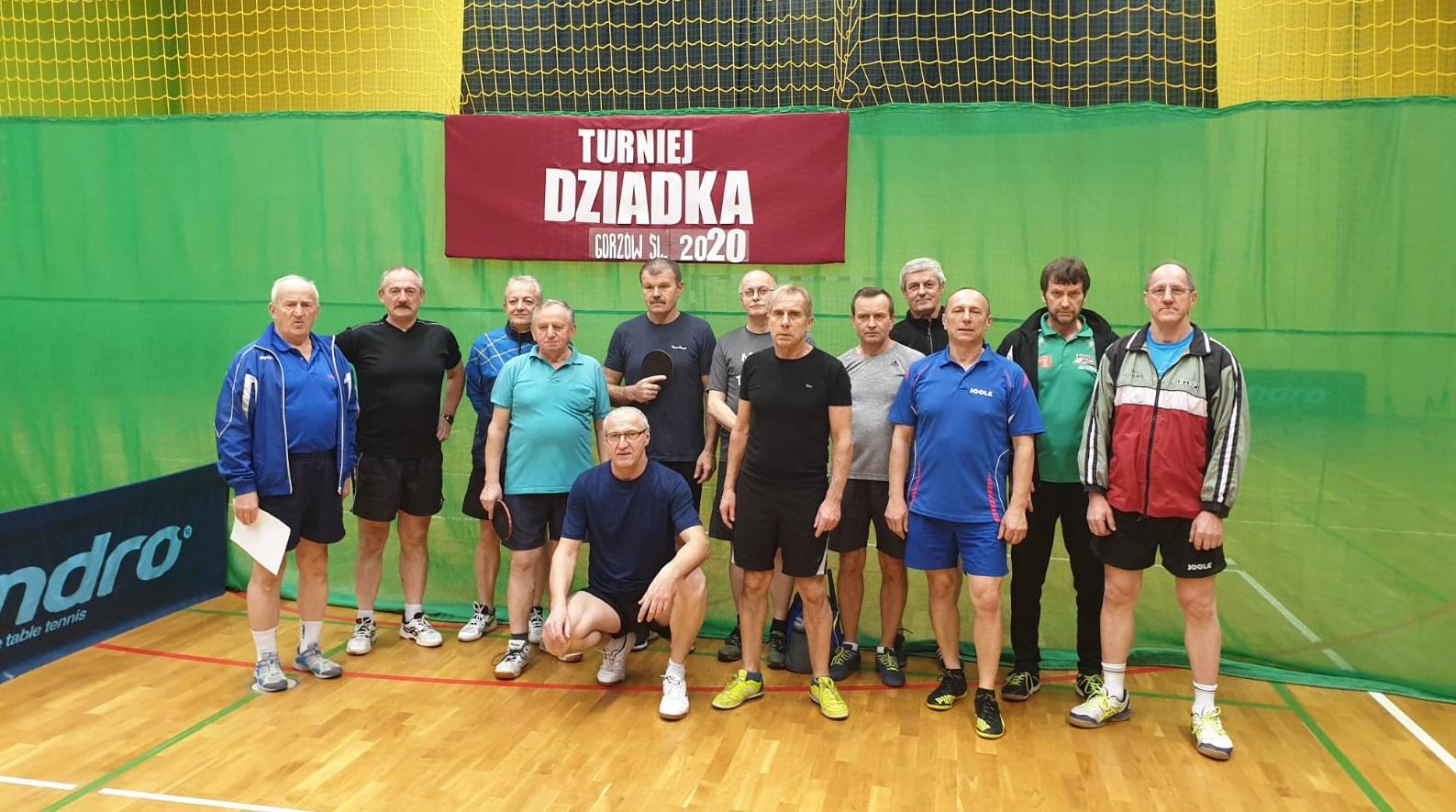 W Gorzowie Śląskim do tenisowego stołu stanęli dziadkowie