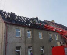 Pożar budynku mieszkalno-socjalnego w Ligocie Oleskiej