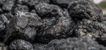 Zamawiasz węgiel? Ten workowany będzie wygodniejszym rozwiązaniem.