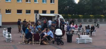 Brak zgody na sprzedaż piwa rzemieślniczego na Solnym Rynku w Oleśnie – mieszkańcy piszą petycję do burmistrza